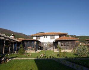 Къщи за гости в Жеравна